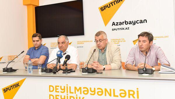 Cənubi Qafqaz politoloqlar klubunun 44-cü iclası - Sputnik Azərbaycan