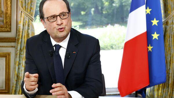 Президент Франции Франсуа Олланд - Sputnik Азербайджан