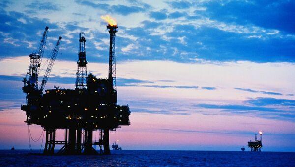 Нефтяная платформа - Sputnik Азербайджан