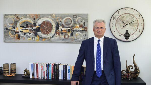 Генеральный директор нефтехимического комплекса Petkim в Турции Садеддин Коркут - Sputnik Азербайджан