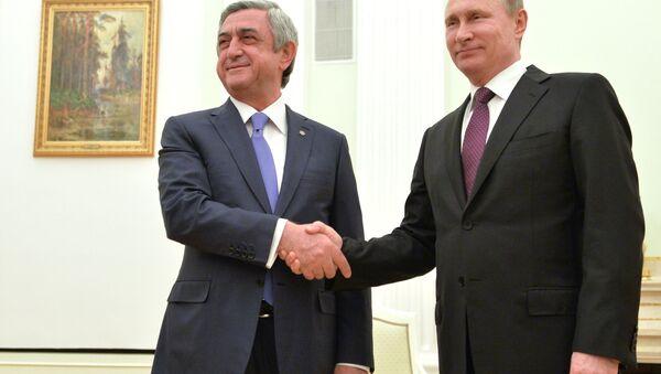 Vladimir Putin və Serj Sarkisyanın görüşü. Moskva, Kreml, 10 mart 2016-cı il - Sputnik Azərbaycan