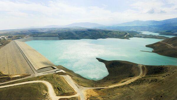 Taxtakörpü su anbarı. Arxiv şəkli - Sputnik Азербайджан