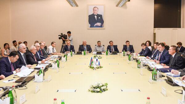 Участники азербайджано-российского бизнес-форума в Баку. 8 августа 2016 года - Sputnik Азербайджан