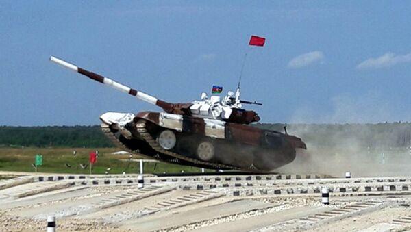 Азербайджанские танкисты – участники конкурса по Танковому биатлону - Sputnik Азербайджан