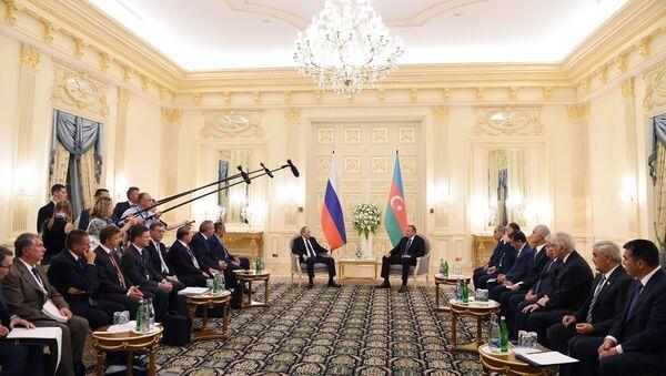 Встреча президентов Азербайджана и России Ильхама Алиева и Владимира Путина. Баку, 8 августа 2016 года - Sputnik Азербайджан