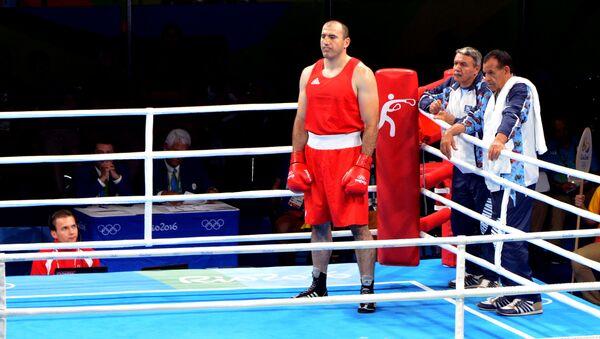 Азербайджанский боксер Магомедрасул Меджидов перед боем - Sputnik Азербайджан
