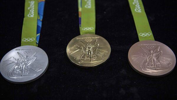 Золотая, серебряная и бронзовая медали Олимпийских Игр в Рио-де-Жанейро - Sputnik Азербайджан