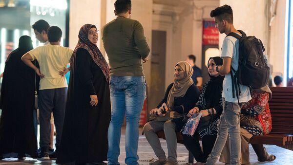 Арабские туристы в Баку - Sputnik Azərbaycan