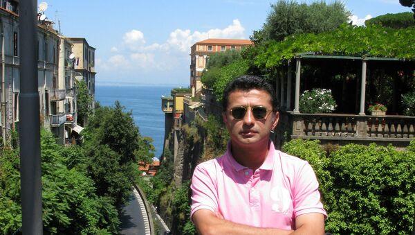 Rəssam Vüqar Muradov - Sputnik Azərbaycan