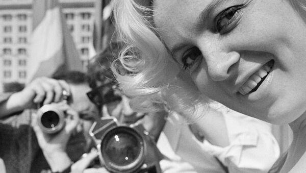 Латвийская актриса, Народная артистка СССР Вия Францевна Артмане - Sputnik Азербайджан