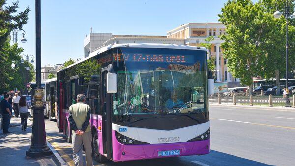 Автобус в Баку. Архивное фото - Sputnik Азербайджан