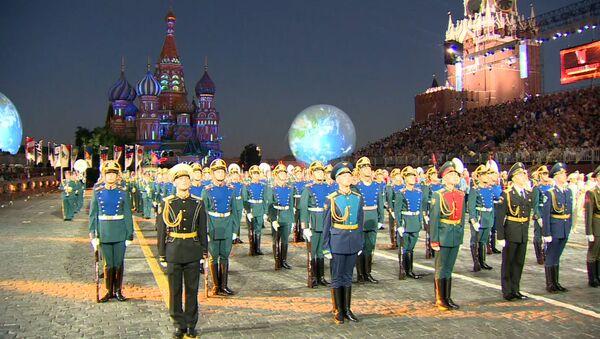 Фестиваль Спасская башня начался с минуты молчания - Sputnik Азербайджан