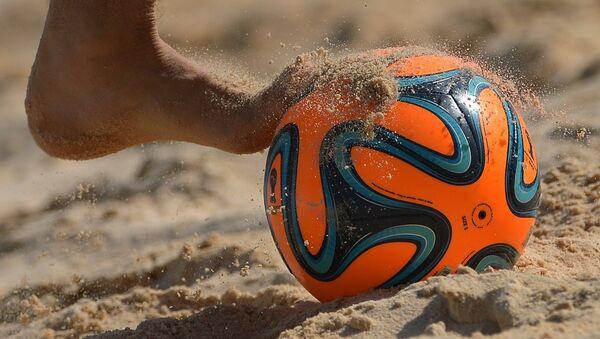Пляжный футбол. Архивное фото - Sputnik Азербайджан