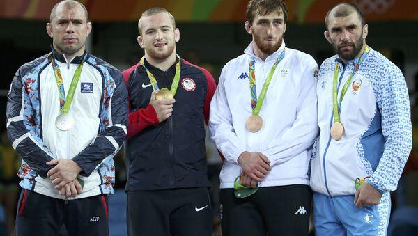 Церемония награждения борцов в Рио - Sputnik Азербайджан