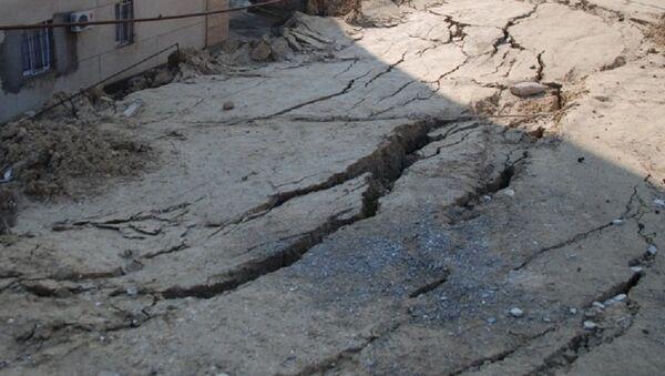 Ущерб, причиненный первыми осенними дождями - Sputnik Азербайджан