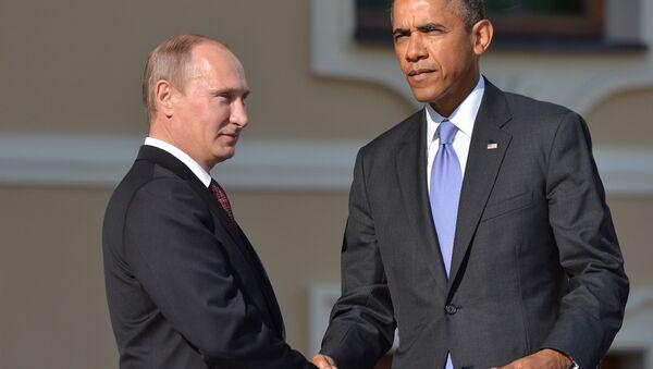 Президент России Владимир Путин (слева) и президент Соединенных Штатов Америки (США) Барак Обама - Sputnik Азербайджан