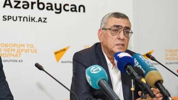 Вице-президент Национального Олимпийского Комитета Азербайджана Чингиз Гусейнзаде - Sputnik Азербайджан