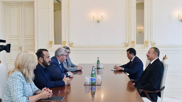 Встреча президента Азербайджана Ильхама Алиева с вице-президентом Европейского парламента Ричарда Чарнески - Sputnik Азербайджан