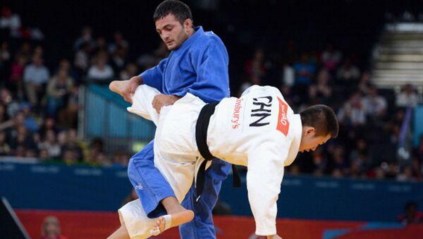 Байрам Мустафаев выиграл серебро Паралимпиады - Sputnik Азербайджан