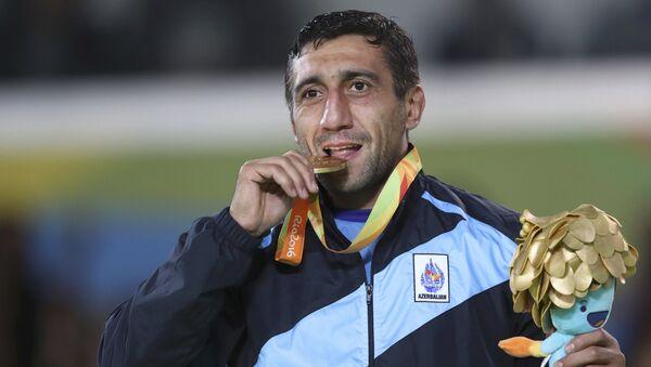 Золотой медалист XV Летних Паралимпийских игр Рамиль Гасымов - Sputnik Азербайджан