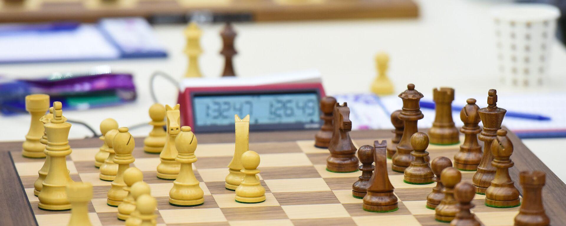 Шахматная доска - Sputnik Азербайджан, 1920, 03.05.2021