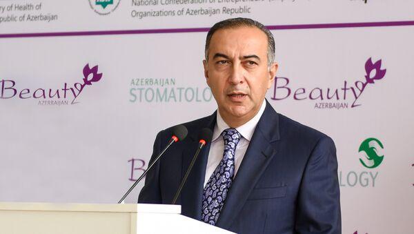 Эльсевер Агаев, заместитель министра здравоохранения Азербайджана - Sputnik Азербайджан