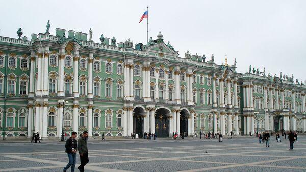 Здание Государственного Эрмитажа в Санкт-Петербурге - Sputnik Азербайджан