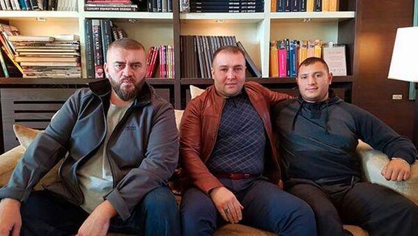Həmzət Qastamirov, Şeyx Həmzət (fotoda ortada) - Sputnik Azərbaycan
