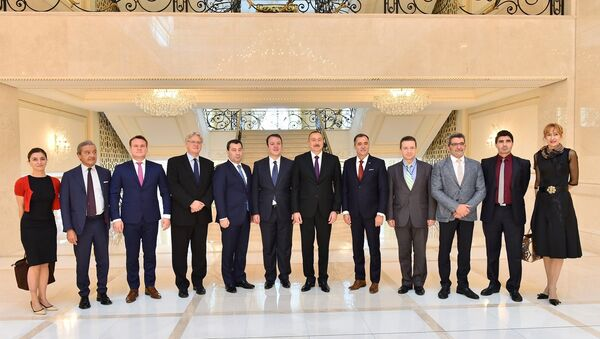 Ильхам Алиев принял делегацию Оценочной миссии ПАСЕ по референдуму - Sputnik Азербайджан