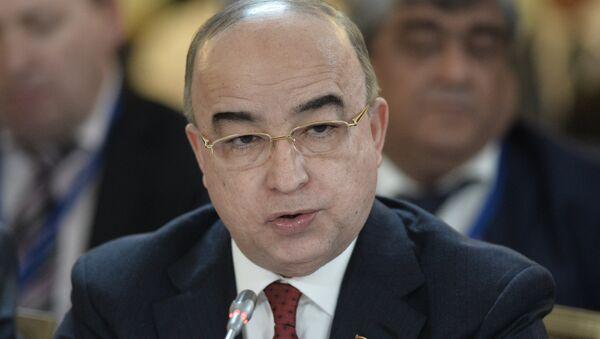 Спикер парламента Таджикистана Шукурджон Зухуров - Sputnik Азербайджан