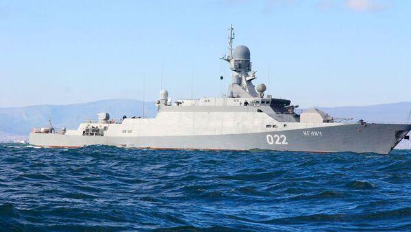 Малый ракетный корабль Углич, архивное фото - Sputnik Азербайджан