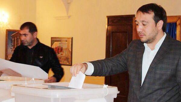 Rusiyada yaşayan azərbaycanlılar referendumda səs verir - Sputnik Azərbaycan