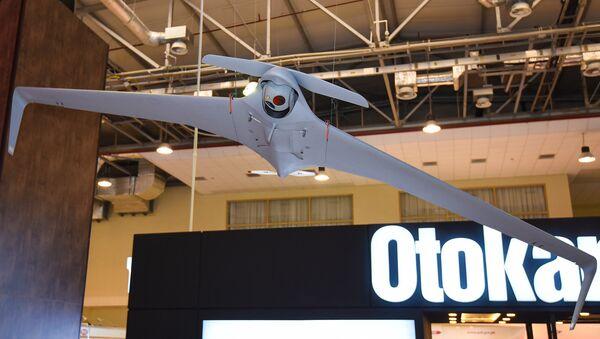 Беспилотный летательный аппарат Orbiter 3 на выставке ADEX 2016 в Баку - Sputnik Азербайджан