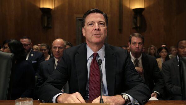 Глава ФБР) США Джеймс Коми на слушаниях в сенате - Sputnik Azərbaycan