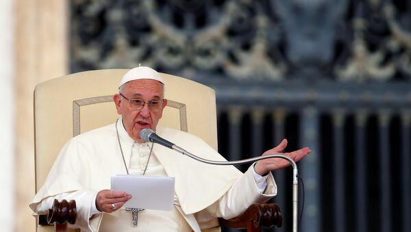 Папа римский Франциск, архивное фото - Sputnik Азербайджан