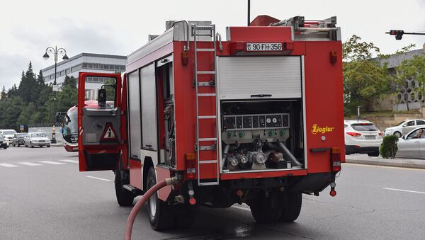 Пожарная машина в Баку, архивное фото - Sputnik Азербайджан