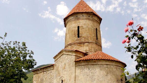 Албанская церковь в деревне Киш Шекинского района - Sputnik Азербайджан