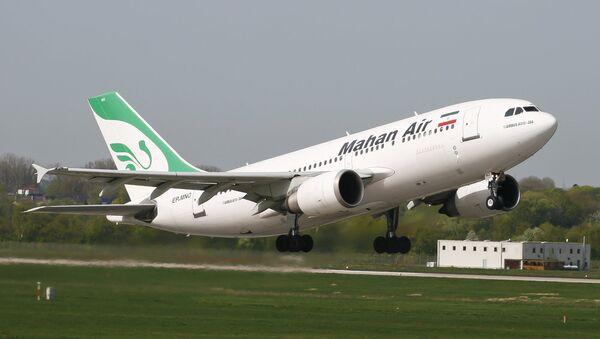 Лайнер иранской авиакомпании Mahan Air - Sputnik Азербайджан