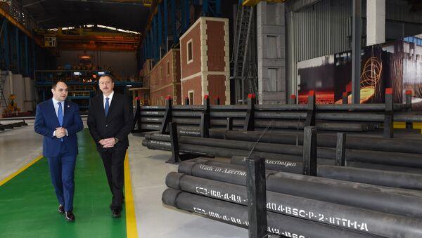 Президент Ильхам Алиев на открытии кислородного завода в Баку - Sputnik Азербайджан