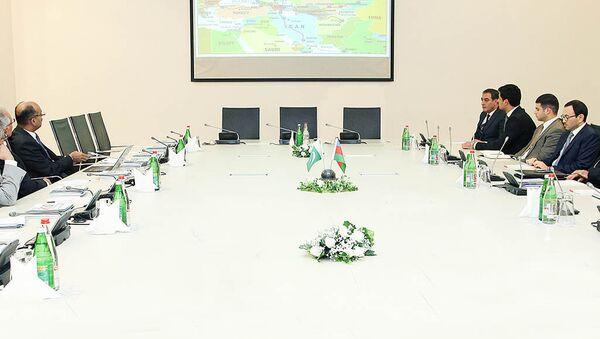 Азербайджан привлекает новые страны в транспортный коридор Север-Юг - Sputnik Азербайджан