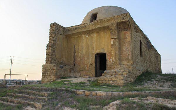 Здание местной бани XII века - Sputnik Азербайджан