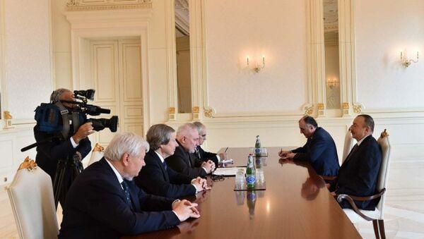 Azərbaycan Prezidenti İlham Əliyev ATƏT-in Minsk qrupunun həmsədrlərini qəbul edib - Sputnik Azərbaycan