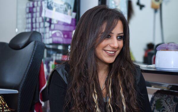 Халида работала в банке на должности кассира - Sputnik Азербайджан