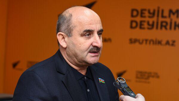 Deputat Çingiz Qənizadə - Sputnik Azərbaycan