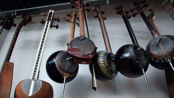 Азербайджанские музыкальные инструменты, архивное фото - Sputnik Азербайджан