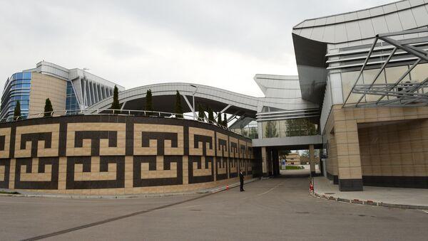 Терминал аэропорта Манас 2 в Бишкеке, архивное фото - Sputnik Азербайджан
