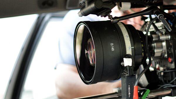 Видеокамера оператора фильма, архивное фото - Sputnik Азербайджан
