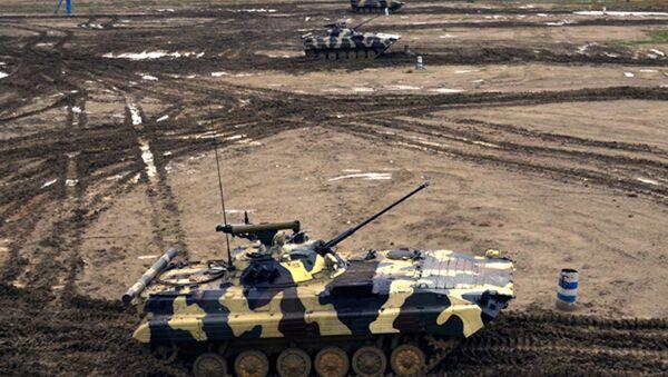 Военные учения подразделений бронетехники ВС Азербайджана - Sputnik Азербайджан