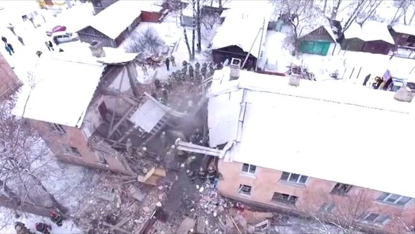 Взрыв газа в жилом доме в Иваново: разбор завалов и эвакуация пострадавших - Sputnik Азербайджан