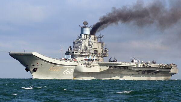 Тяжелый авианесущий крейсер Адмирал Флота Советского Союза Кузнецов, фото из архива - Sputnik Азербайджан